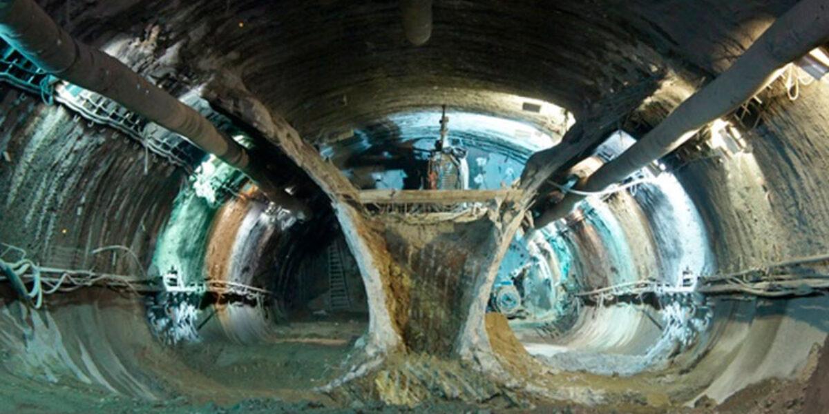 Akira Koshima ministra curso sobre tratamento de maciço nas escavações de túneis
