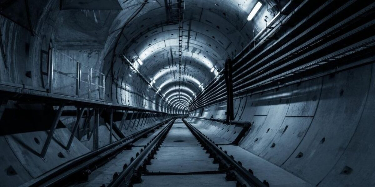 Roberto Kochen falou sobre os aprendizados com casos de obras de túneis no Webinário CBT