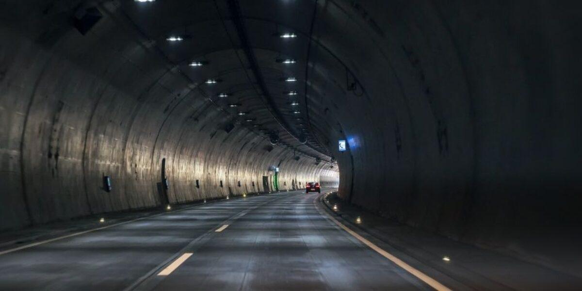 Edson Peev falou sobre máquinas versáteis aplicáveis em todo tipo de túnel no Webinário CBT do dia 3/12